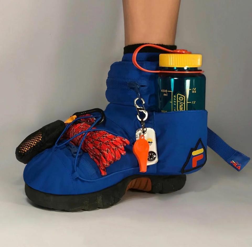 Гибридная обувь из Николь Маклафлин